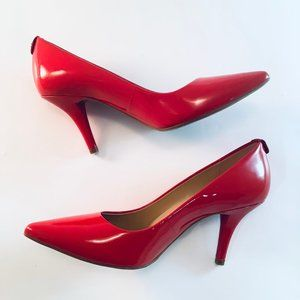 MICHAEL KORS Pumps Flex Pointy Heel RED Patent 7.5